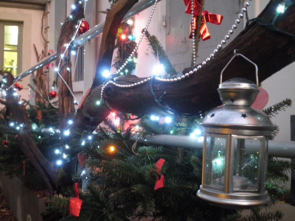 #8F6E3C Etes Vous Prêt Pour Un Beau Noël ! Arborescence Paysage  5483 decorations de noel pour entreprise 1024x768 px @ aertt.com