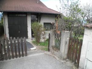 Entrée de la propriété depuis la rue