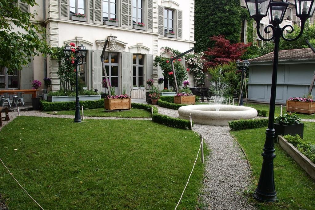 Design restaurant terrasse jardin grenoble fort de france 31 jardin restaurant las vegas - Restaurant terrasse jardin grenoble mulhouse ...
