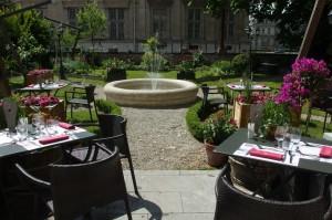 Partie central du jardin, la fontaine