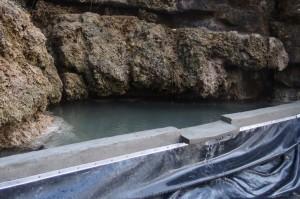 Sortie d'eau de la cascade